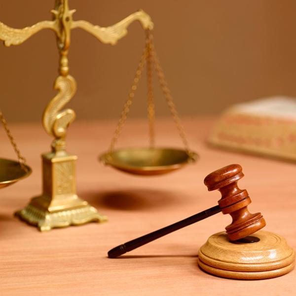 Waga adwokacka imłotek sędziowski